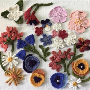 Häfte Sticka Blommor