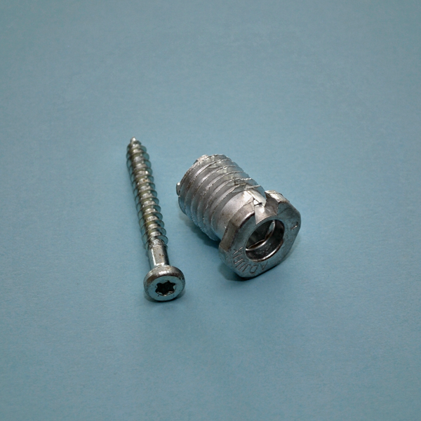Karmskruv Adjufix 28 Ø14mm