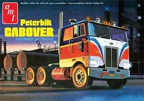 Peterbilt 352 Pacemaker COE Tractor