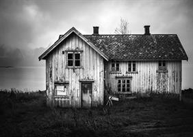 Martynas Milkevicius-House by fjord