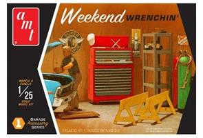 Weekend Wrenching Garage Accessory Set #1