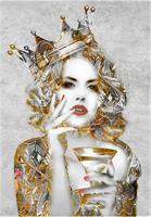 Liz Ravn - The Queen, gold