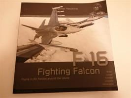 F-16 Fighting Falcon Flying Air Forces around worl
