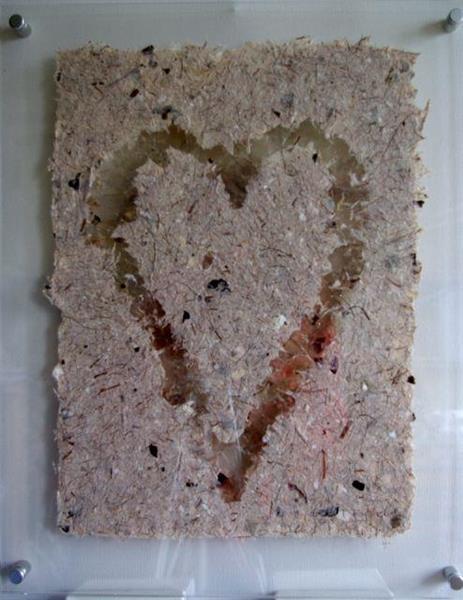 Håndlaget papir m glimmer, hjerte