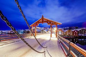 Aziz Nasuti-The first wintersnow in Trondheim