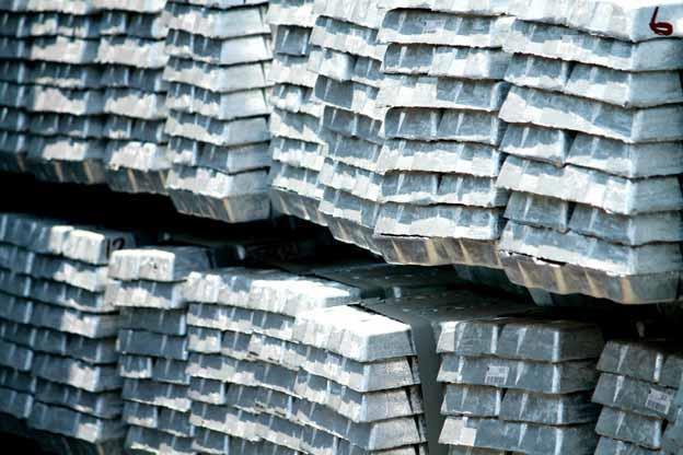 Metals prices remain mixed despite China's return