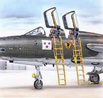 Ladders F-105 F/G