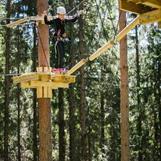 I klatreparken tilbyr vi høye opplevelser for alle! Foto: RB-foto