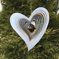 Modell Svängt hjärta bärnstensgul