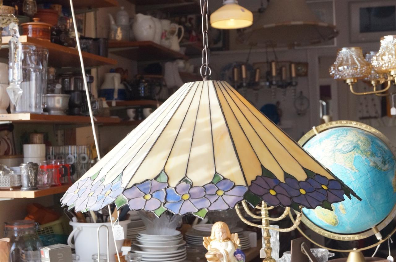 Lampa i tiffanystil