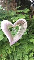 Svängt hjärta med kristallhjärta