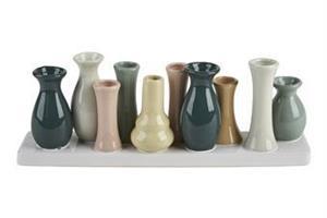 10 vaser på rad pastell