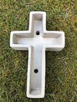 Kors i betong
