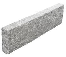 Råhuggen Kantsten i Granit RV6
