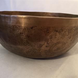 Klangskål Old med gravyr 27,5cm