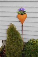Hjärta att plantera i på stav