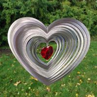 Rundat hjärta med rött hjärta