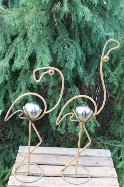 Flamingo Filippa till höger i bild