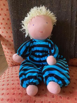 Kramdocka XXL med kort blont hår, 50 cm lång, 600 Kr (beställd!)