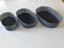 Set med tre brickor