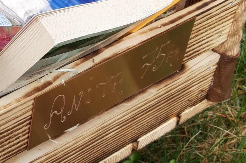 Graverad mässing/koppar skylt 4x15 cm