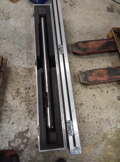 Vibrationsdämpad bom 80mm 1200lång + stålhållare