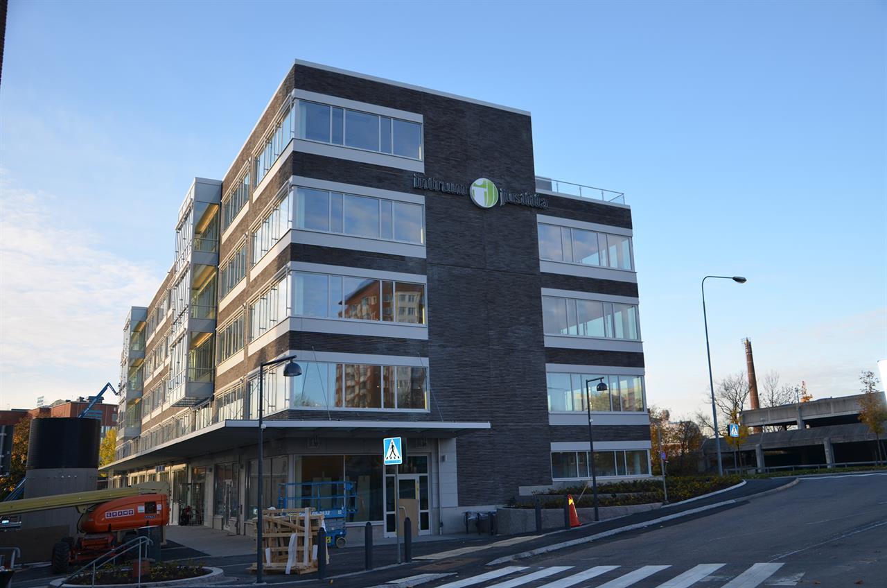 Ett av Sveriges första BREEAM Excellent, Intrum Justitias kontor i Sickla. Fastighetsägare Atrium Ljungberg. Piacon var BREEAM samordnare och Assessor.