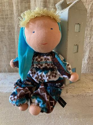Stor kramdocka med turkos luva och blont hår - Klicka på bilden för att beställa!