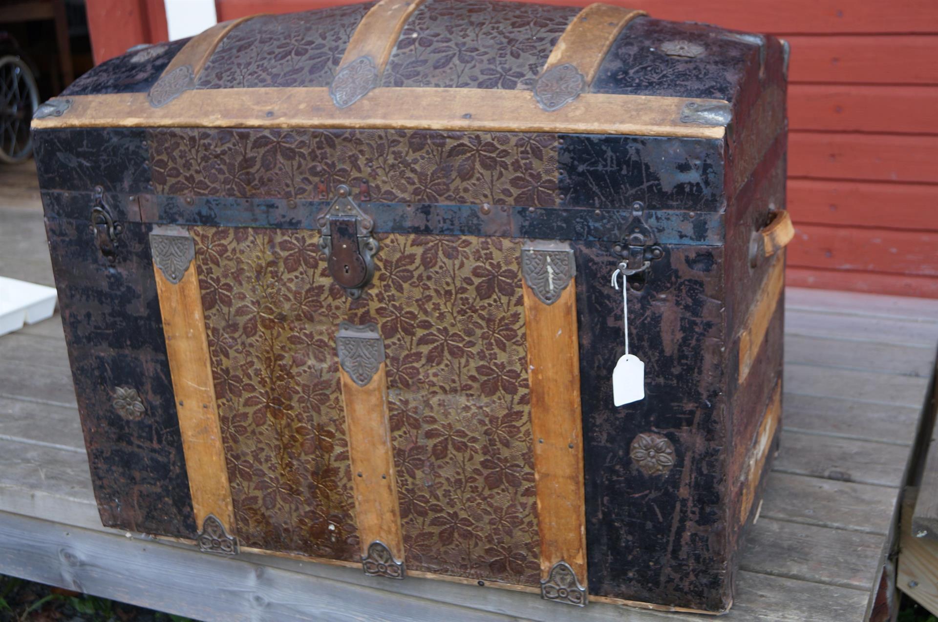 Antik koffert kista