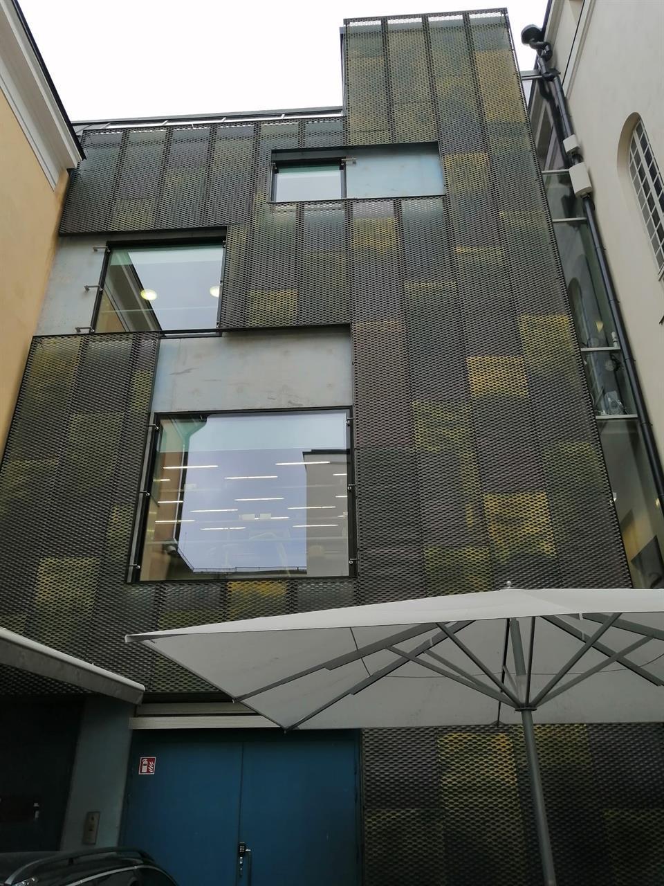 Helsingin kaupungin museo patinoitu kupari