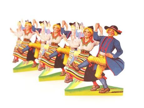 Dansande Rättvikspar, pappersrad