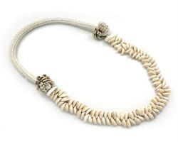 Papua - Halsband med en rad snäckor (2 pack)