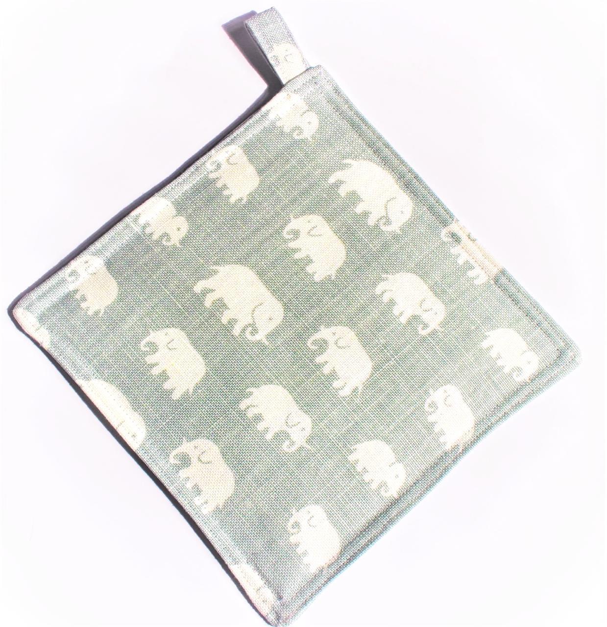 Grytlapp frostgrön med elefanter
