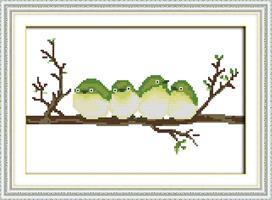 Broderi korssting, 4 fugler på gren 39*26cm (D977)