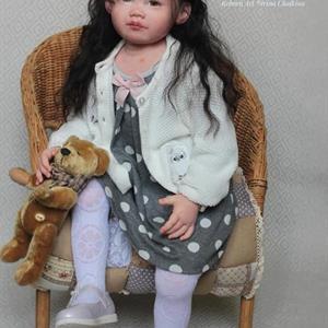 """Leonie Toddler kit av Ping Lau 32"""""""
