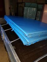 Sikringsmatte 100x100x5 grå, blå rød.Feste 3 sider