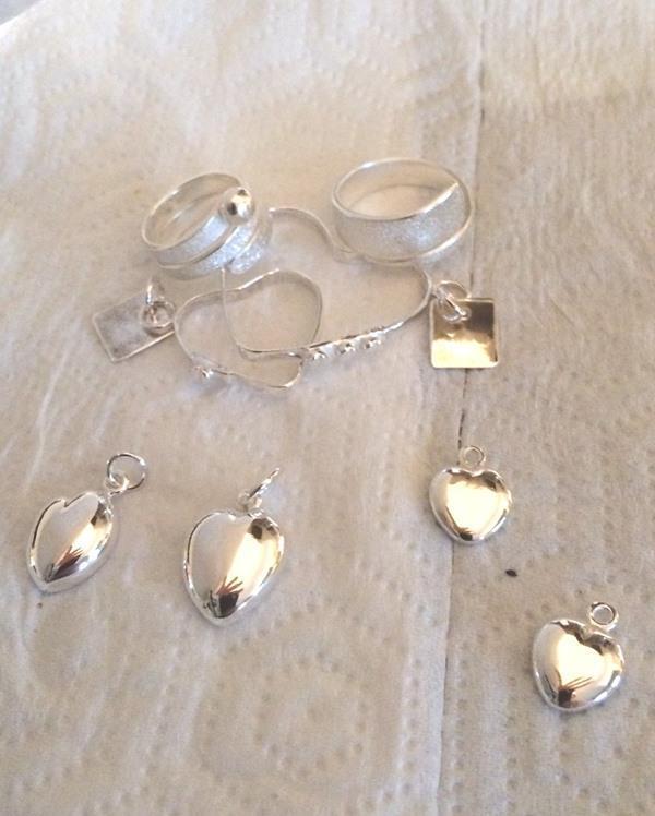 Smycken av argentiumsilver