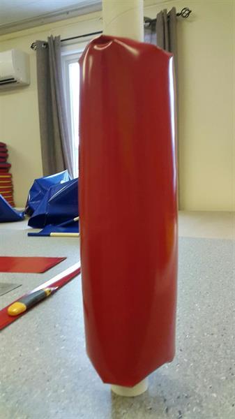 polstring stolpe diameter: 15-19 cm høyde 2m