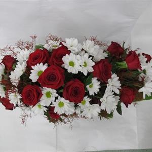 Arkkulaite punainen ruusu valkoinen krysanteemi