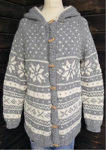 Snøhetta lang jakke med hette