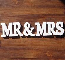 MR&MRS skilt